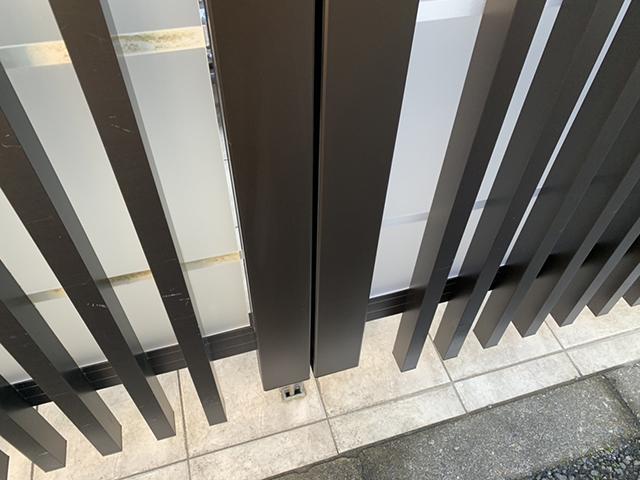 玄関門扉打掛錠取り外し跡3補修後